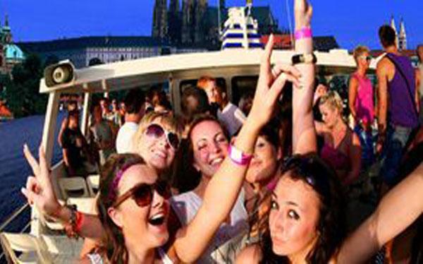 Party boat prague stag premium